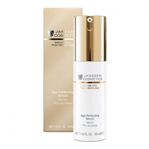 Anti ageing rejuvenating serum with vitamin C and E